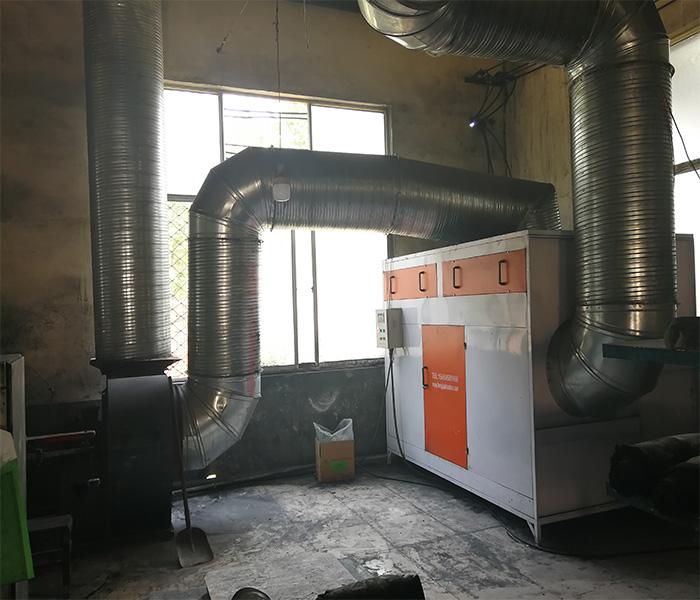 喷塑废气处理工程安装完毕实拍02
